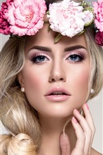 Preview iPhone wallpaper Blonde girl, flowers, face, blue eyes