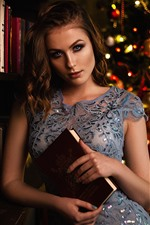 Preview iPhone wallpaper Girl, books, Christmas tree