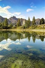 iPhone обои Италия, Доломиты, озеро, прозрачная вода, горы
