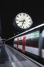 Preview iPhone wallpaper Metro, clock, speed, station