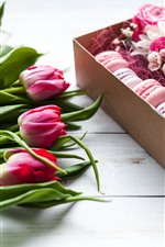 Preview iPhone wallpaper Pink tulips and roses, macaron, gift