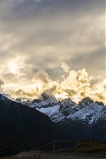 Tibet, mountains, clouds, glare, beautiful nature landscape