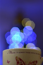 Preview iPhone wallpaper Cup, blue light circles
