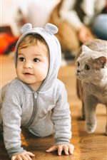 Preview iPhone wallpaper Cute baby and cat, floor