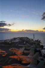 iPhone壁紙のプレビュー USSニミッツ、戦闘機、海
