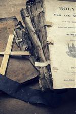 iPhone壁紙のプレビュー 聖書、本、クロス