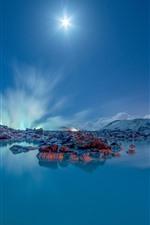 Island, Grindavik, See, blauer Himmel, Sonnenstrahlen