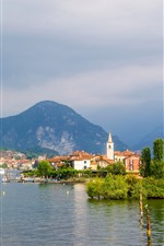 Preview iPhone wallpaper Island of the Fishermen, Lake Maggiore, Italy