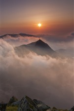 Preview iPhone wallpaper Wales, Nant Gwynant, mountains, clouds, fog, sunrise, morning