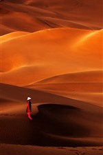 Preview iPhone wallpaper Kumtag Desert, Xinjiang, girl
