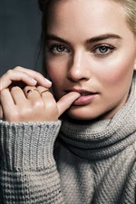 Preview iPhone wallpaper Margot Robbie 06
