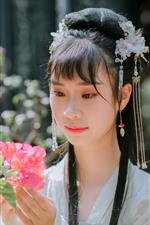Preview iPhone wallpaper Retro style Chinese girl, hanfu, look, flowers
