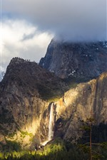 Preview iPhone wallpaper Yosemite National Park, waterfall, fog, clouds, cliff
