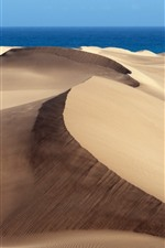 Preview iPhone wallpaper Desert, blue sea