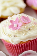 Preview iPhone wallpaper Some cupcakes, flowers, cream, food