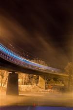 Pont, rivière, lignes lumineuses, vitesse, ville, nuit