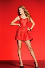 Taylor Swift 100