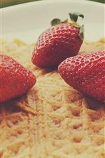 Preview iPhone wallpaper Strawberries, pancake