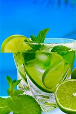 Preview iPhone wallpaper Green lemon, lime, cocktail, drinks, sea, tropical