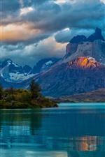 Argentina, Patagonia, lake, mountains, clouds, water reflection
