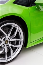 Preview iPhone wallpaper Green Lamborghini supercar, wheel