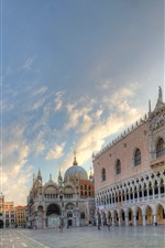 Preview iPhone wallpaper Venice, piazza, city