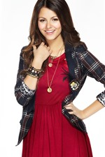 Preview iPhone wallpaper Victoria Justice 23