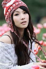Preview iPhone wallpaper Asian girl and tulips, hat