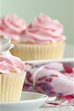 Preview iPhone wallpaper Cupcakes, white flower, pink cream