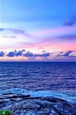 Vorschau des iPhone Hintergrundbilder Meer, Felsen, Wolken, Himmel, Abenddämmerung
