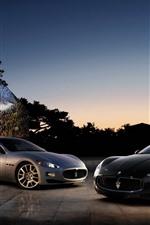 Vorschau des iPhone Hintergrundbilder Zwei Maserati-Supersportwagen