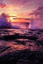 Vorschau des iPhone Hintergrundbilder Meer, Sonnenuntergang, Spritzwasser, Felsen