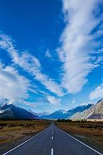 Céu azul, nuvens, estrada, montanhas, linha