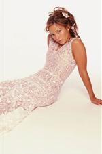 Preview iPhone wallpaper Jennifer Lopez 14