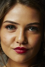 Preview iPhone wallpaper Danielle Campbell 02
