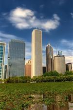 Vorschau des iPhone Hintergrundbilder Stadt, Wolkenkratzer, Bäume, Gras, Wasser
