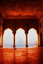 Vorschau des iPhone Hintergrundbilder Tempel, Bogen, Tauben, Säulen