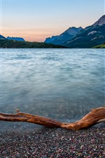 Preview iPhone wallpaper Waterton Lakes National Park, mountains, lake, house, Canada