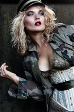 Vorschau des iPhone Hintergrundbilder Blondes Mädchen, Hut, Pose