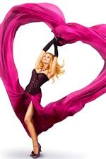 iPhone壁紙のプレビュー ブロンドの女の子、ピンクの愛の心、スカート、白い背景