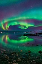 iPhone обои Северное сияние, Норвегия, снег, скалы, море, звезды, прекрасная ночь