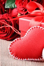 Preview iPhone wallpaper Red roses, love heart, gift, candle, romantic
