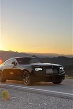 Carro de luxo preto Rolls-Royce, estrada, pôr do sol