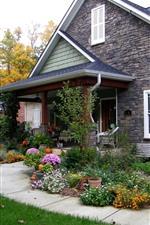 Preview iPhone wallpaper Villa, house, flowers, grass