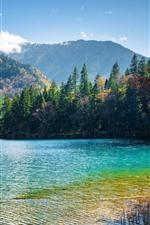 iPhone обои Красивая природа пейзаж, озеро, деревья, горы, джиужайгоу, Китай