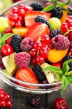 Vorschau des iPhone Hintergrundbilder Glasschüssel, Beeren, Kirsche, Johannisbeeren, Erdbeere, Fruchtsalat