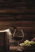 iPhone обои Две бутылки вина, винограда, стеклянная чашка
