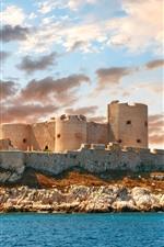 iPhone обои Франция, крепость, море