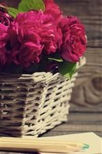 Aperçu iPhone fond d'écranRoses roses, panier, crayon