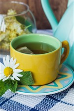 Preview iPhone wallpaper Tea, cup, flowers, teapot, daisy